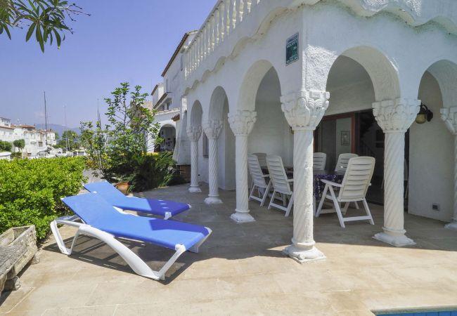 Villa in Empuriabrava - LV17 PORT-PRIMER