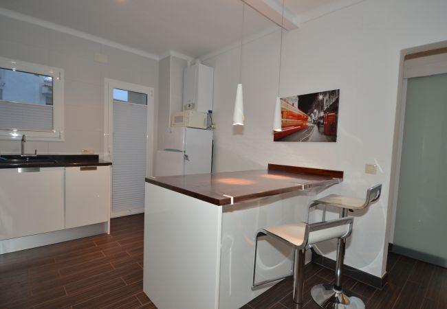 Appartement in L'Escala - ILESAR04- Atico en L'Escala