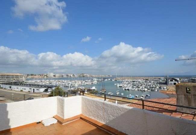 Appartement in L'Escala - ILESAR04- Atico en L'Escala
