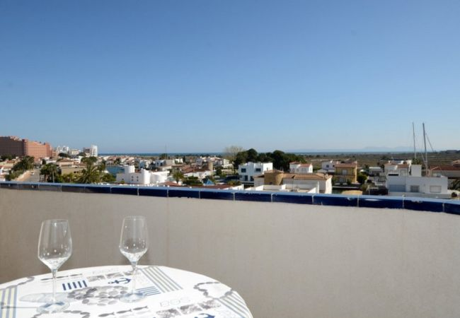 Appartement in Rosas / Roses - ISAR20-APARTAMENTO IMPECABLE CON TERRAZA