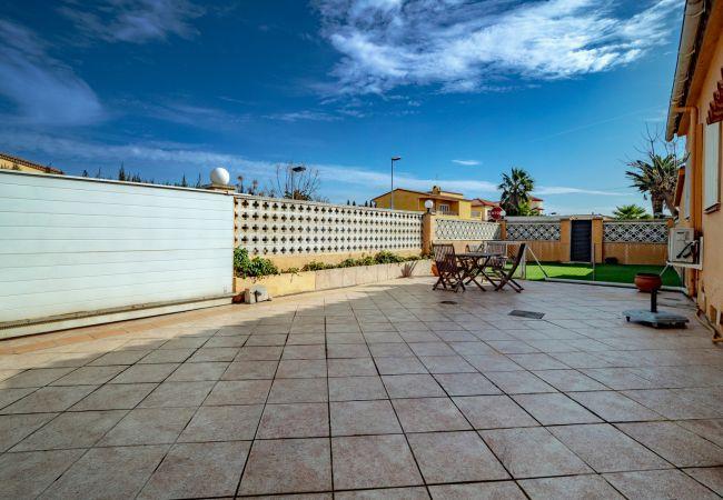 Huis in Empuriabrava - ILV08